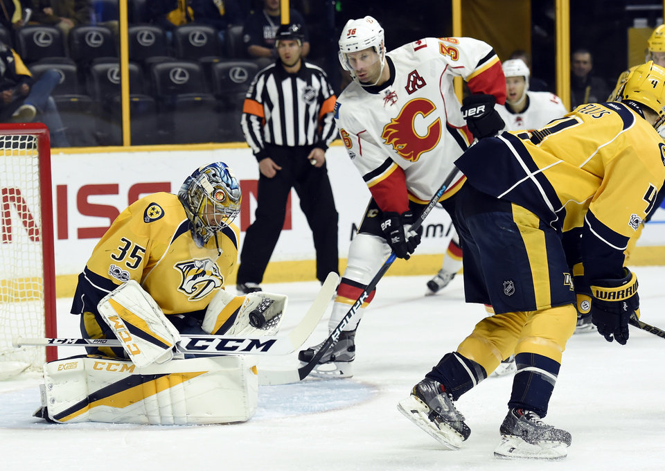 Predators defeat flames at home 1
