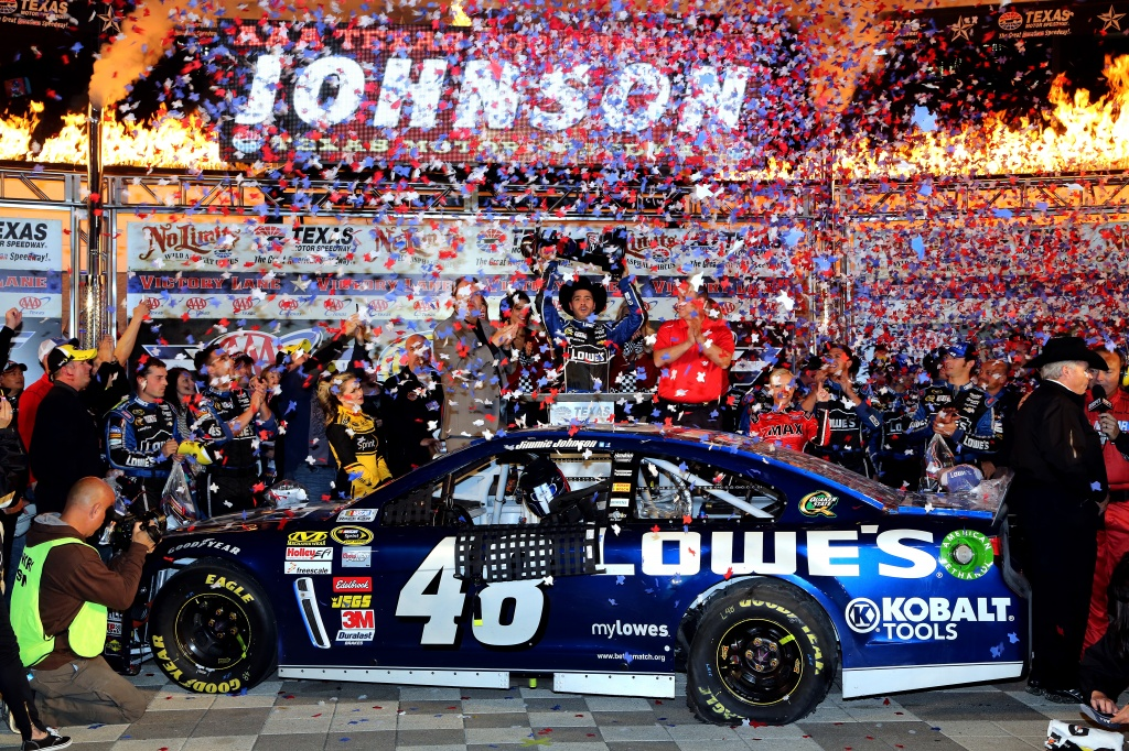 Jimmie johnson wins texas motor speedway nashville for Nascar tickets for texas motor speedway