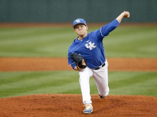 Nashville SPorts News Kentucky Beat No.2 Louisville 11-7 1