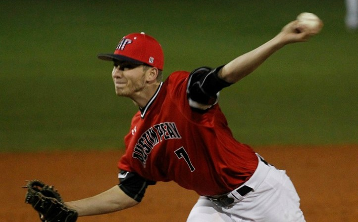 Nashville Sports News Austin Peay Beats Western Kentucky 7-3 22