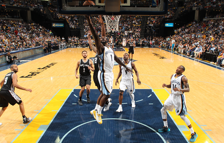 Nashville Sports News Grizzlies Defeat Spurs in Game 3, 105-94 3