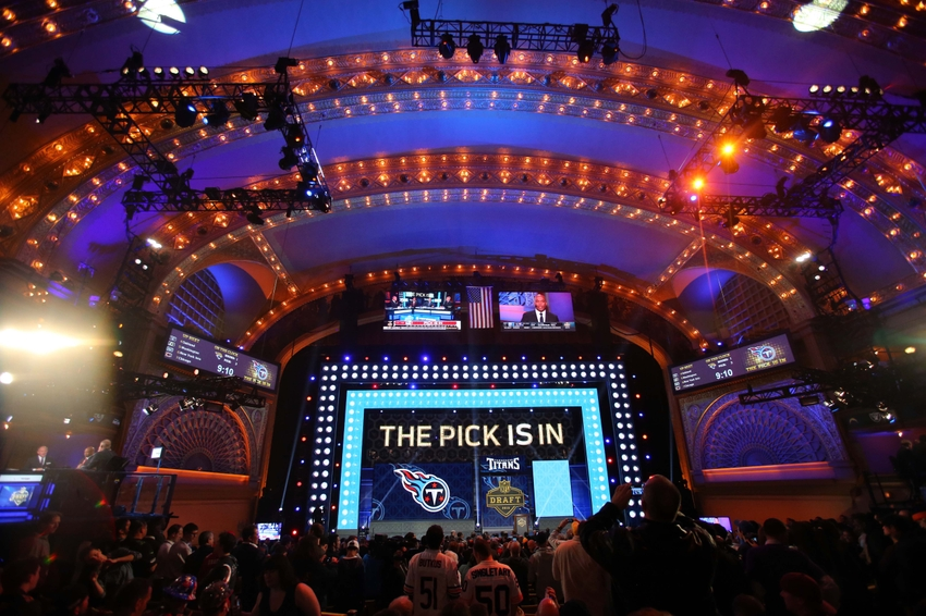 Nashville Sports News Tennessee Titans Look to Trade Down 2017 Draft 2
