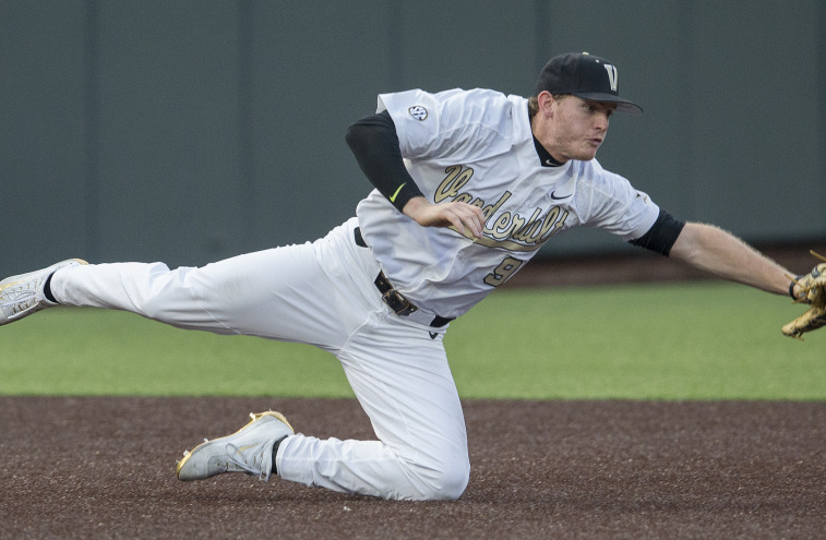 Commodores Blast Blue Raiders 17-7 Catch