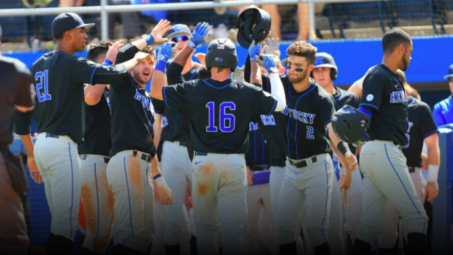 Florida Defeats UK 6-4 In Finale Second