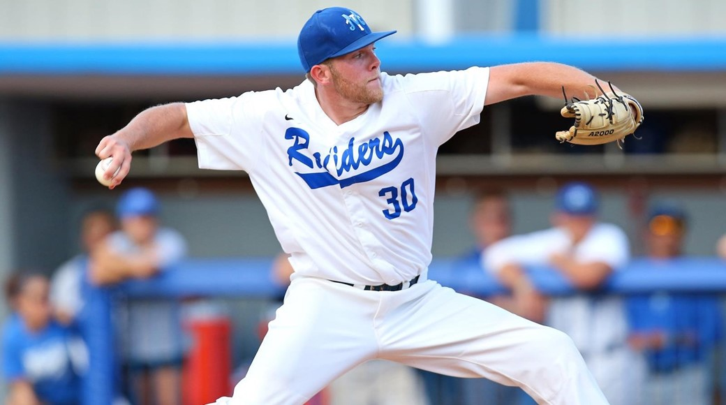 MTSU Defeats Louisiana Tech 6-3 Pitch