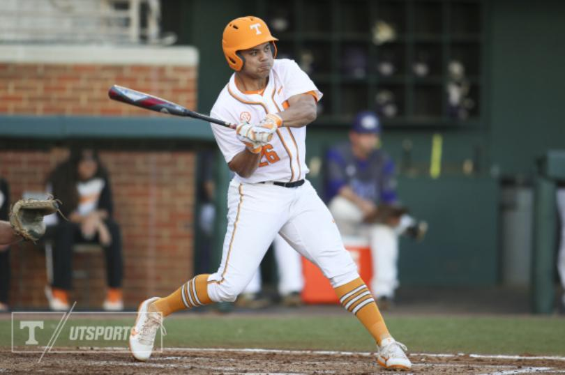Missouri Shuts Out Tennessee 5-0 Batter