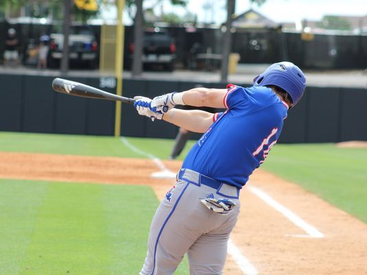 Raiders Rally Defeat LA Tech 9-8 Hit