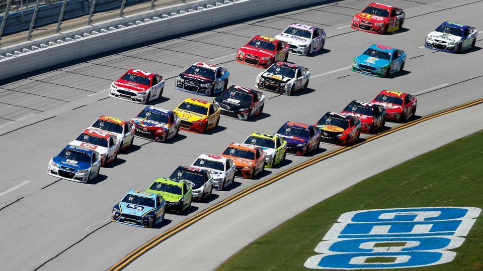 Ricky Stenhouse Wins First Race At Talladega 500 1