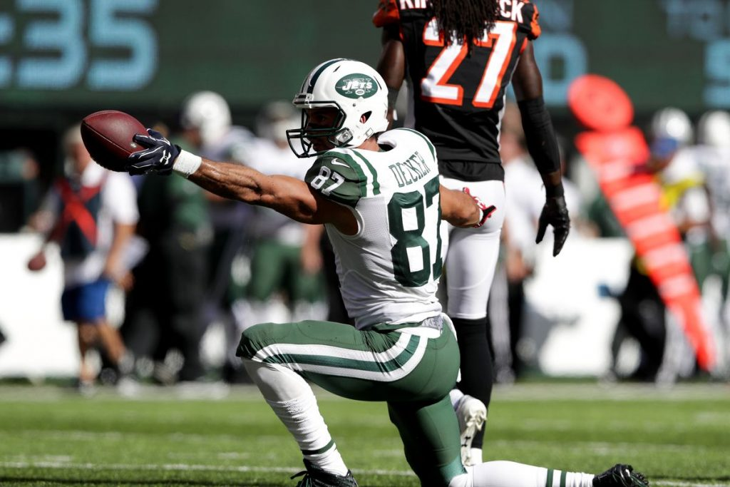Tennessee Titans Sign WR Eric Decker first