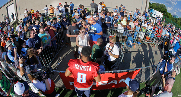 Titans Training Camp Begins Saturday Autograph