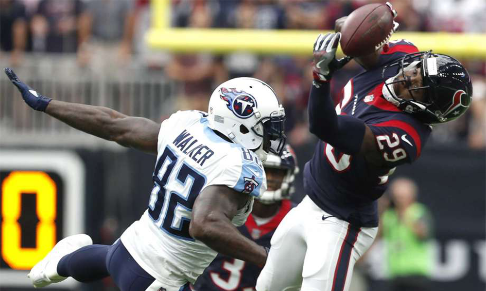 Tennessee Titans Fall In Houston 57-14 Walker