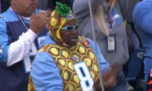 Titans fan Bengals game