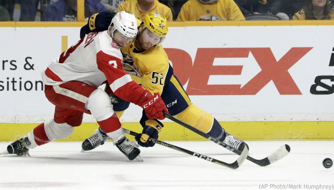 Predators Edge Red Wings 3-2 fight