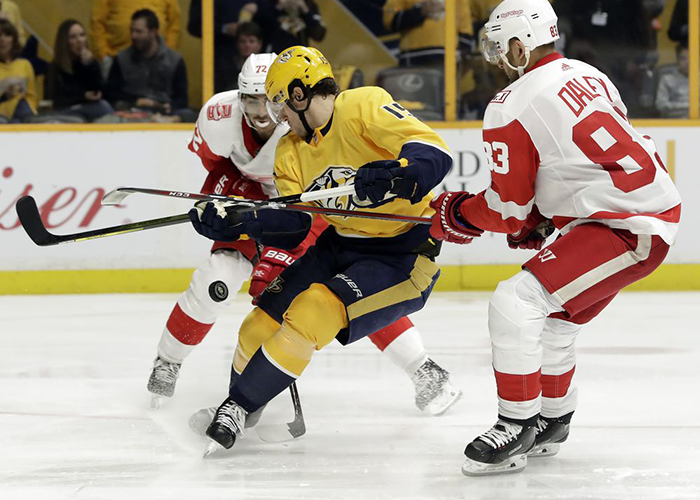 Predators Edge Red Wings 3-2 guard